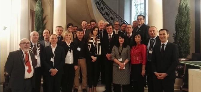 18-1-2017 Asistentes de la Asamblea de la FEDCAR