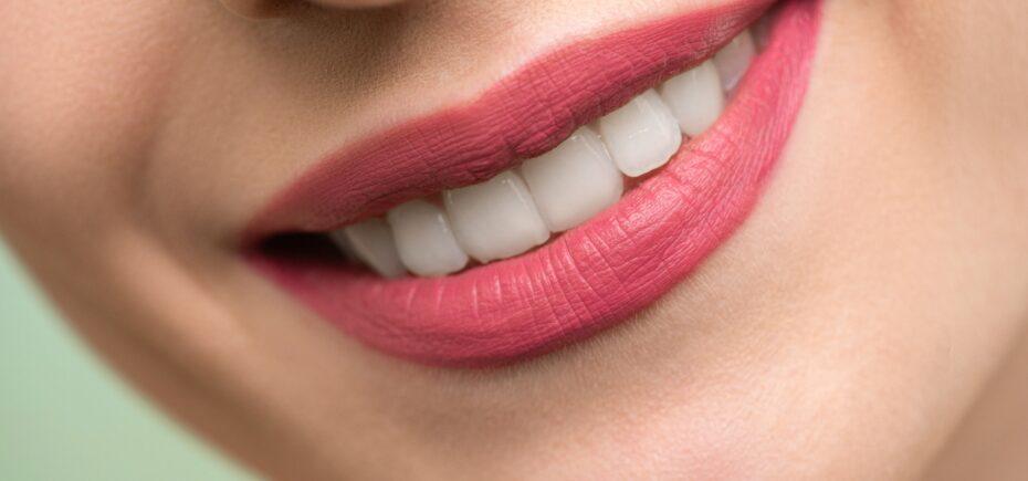El Consejo General De Dentistas Consigue La Retirada De La Venta Al Público De Tres Kits De Blanqueamientos Dentales Que Podrían Causar Daños Si Se Utilizan Sin Supervisión Facultativa